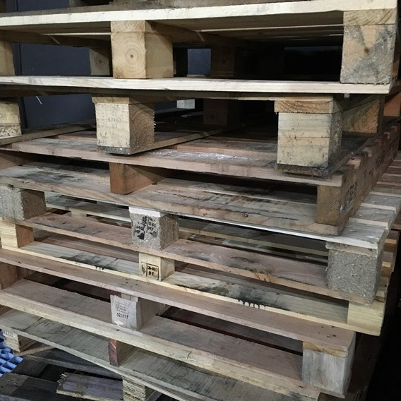 木製パレット 中古パレット 廃材 ホームセンター 無料