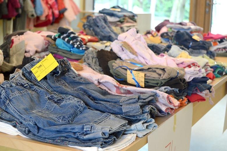 服が溢れかえる原因のセール品