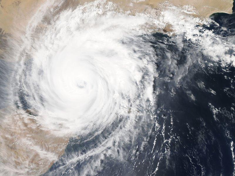 台風が来る3日前までに用意しておくべき対策グッズ