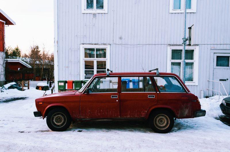木材の持ち帰りに重宝するハッチバック車